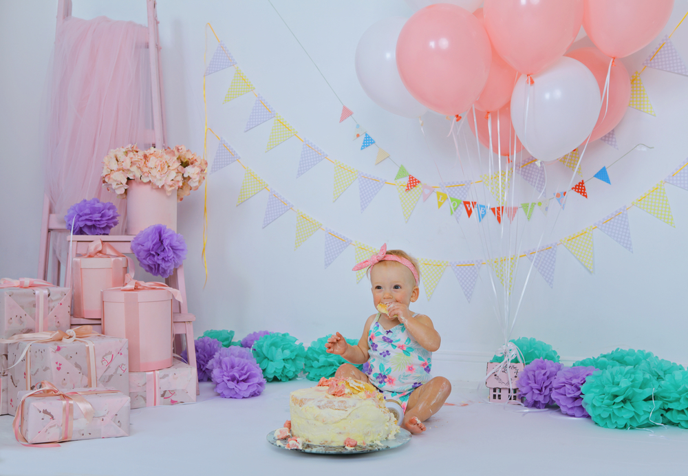 10 things that your baby does not need at his first birthday