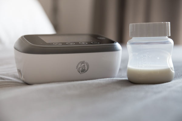 Breastmilk-to-go – exclusive pumping as a feeding alternative