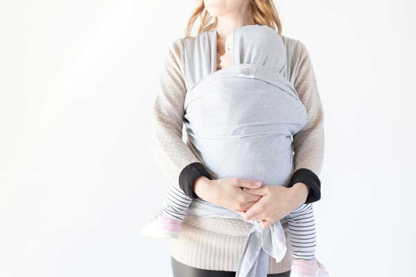 12 Benefits of practicing babywearing